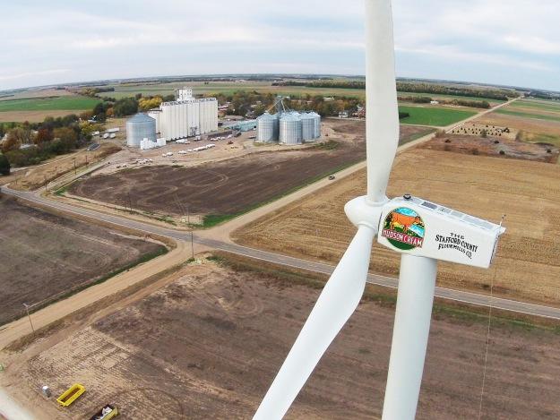 Wind_Turbine_Nov_2014